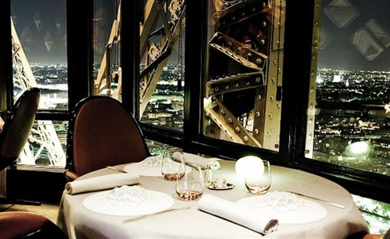 Lunch Or Dinner At 125 M Alude And A Panoramic View Over Paris Unique Experience During Your Stay The Hotel Konfidentiel